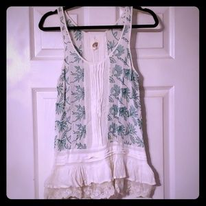 Anthropologie Lilka Ruffle Laced Tank - L